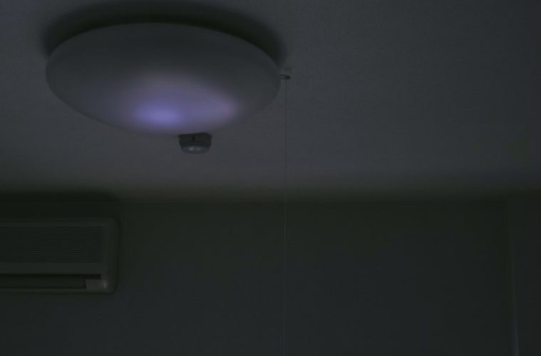 深夜の照明