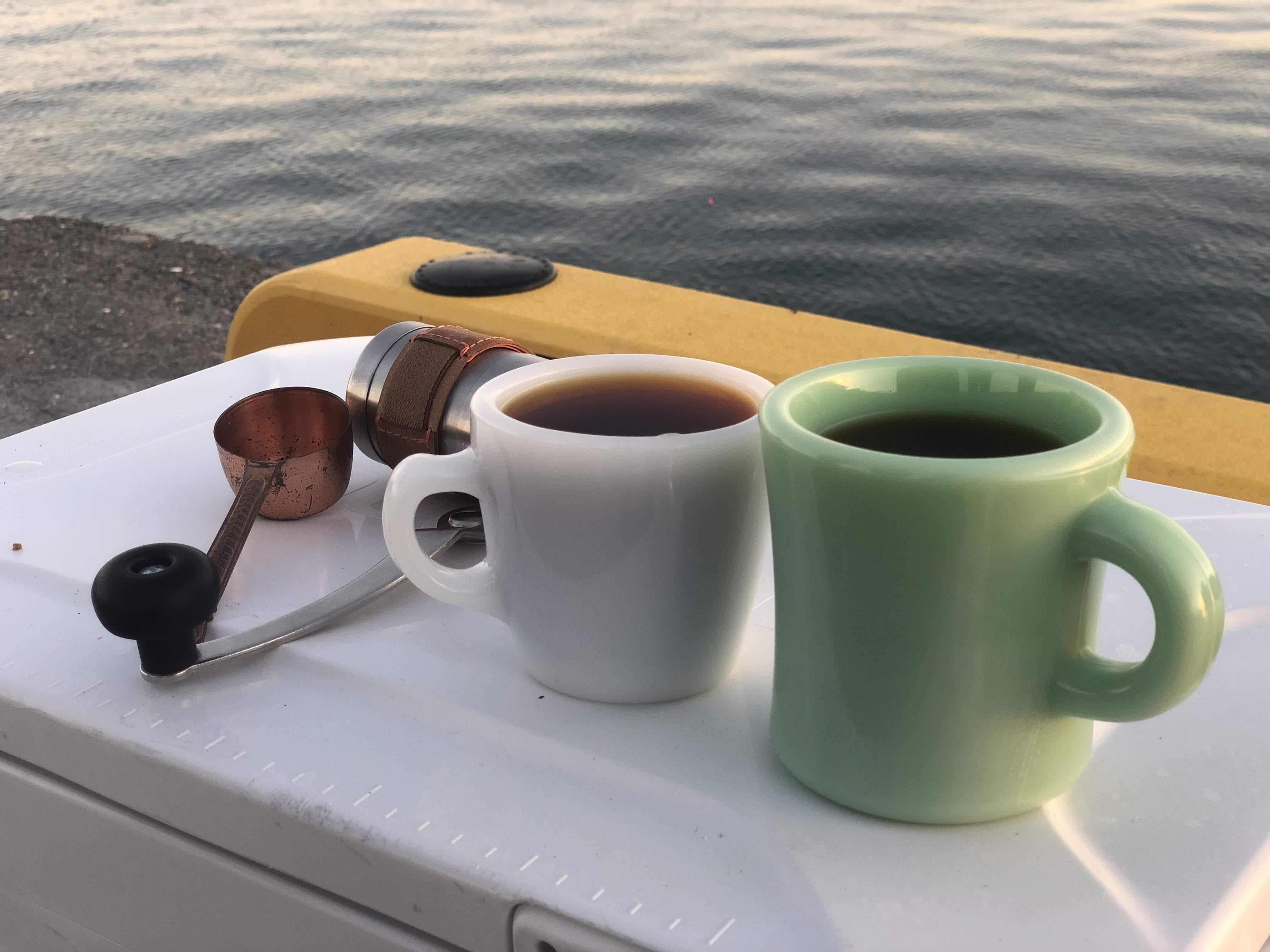 浜名湖で釣りしながらコーヒーを淹れる